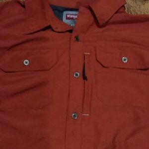 Wrangler man's shirt